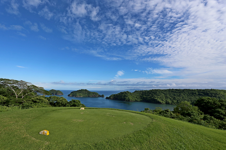 Golf in Costa Rica at the Four Seasons