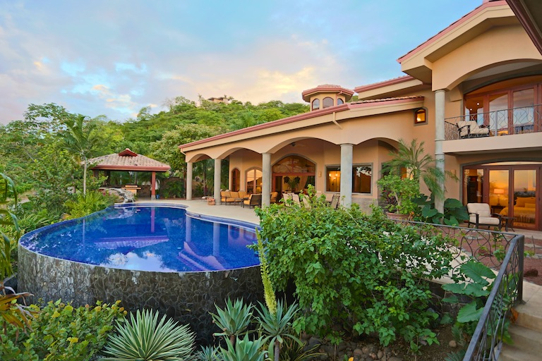 home with pool must pay Costa Rica property taxes